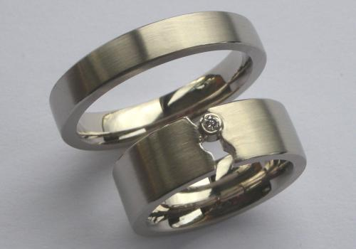 hand made white gold wedding rings