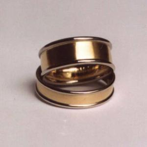 white/yellow gold wedding bands